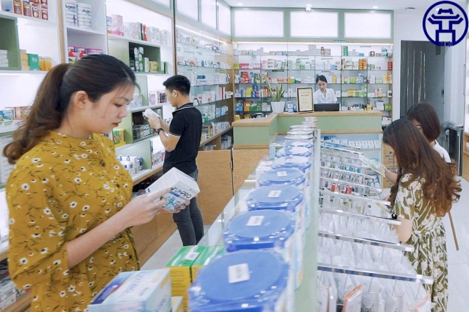 Nhà thuốc có không gian rộng rãi, thoáng mái, đáp ứng như cầu dịch vụ mua bán thuốc của khách hàng