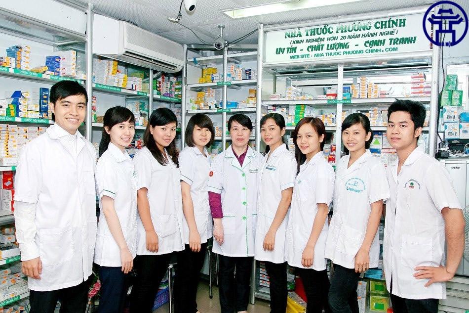 Đội ngũ nhân viên chuyên nghiệp, nhiệt huyết tại nhà thuốc Phương Chính