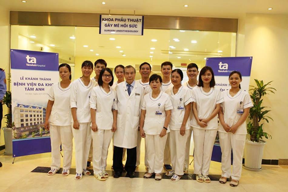 Đội ngũ Bác sĩ khoa phẫu thuật - gây mê hồi sức