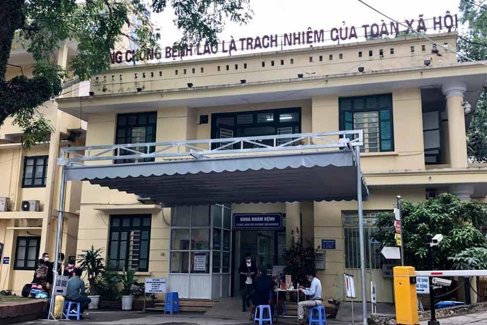 Chốt chặn đo thân nhiệt bệnh viện Phổi Trung ương