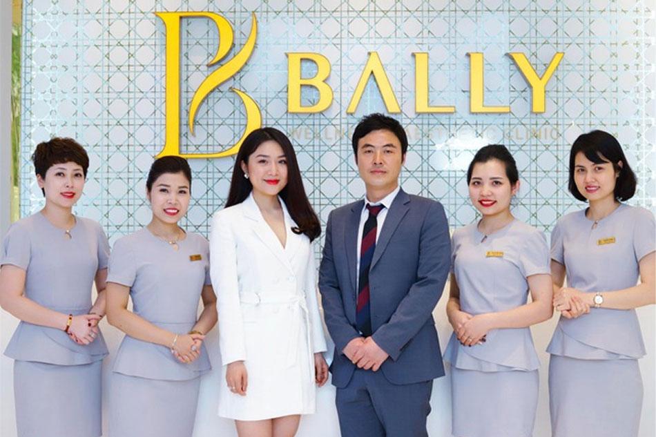 Đội ngũ nhân viên thẩm mỹ viện quốc tế Baily